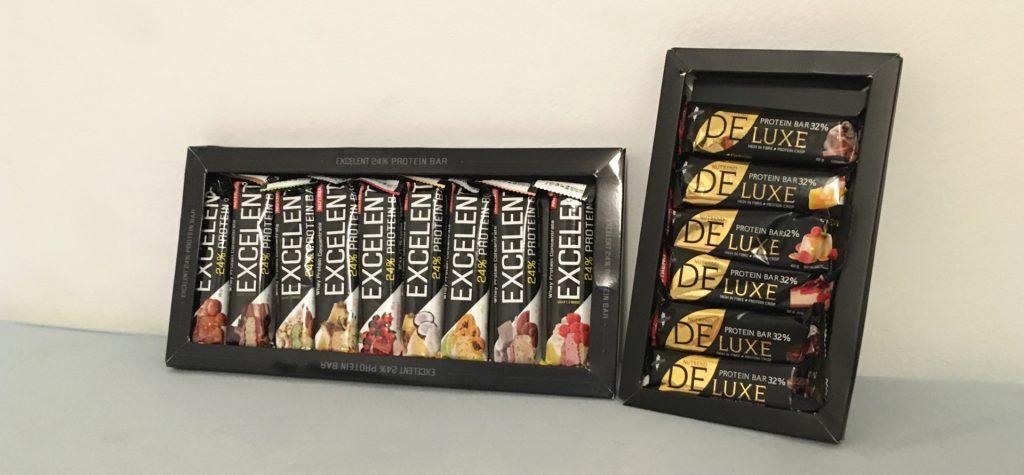 Darčekové balenie proteínových tyčiniek Nutrend Excelent a Nutrend Deluxe