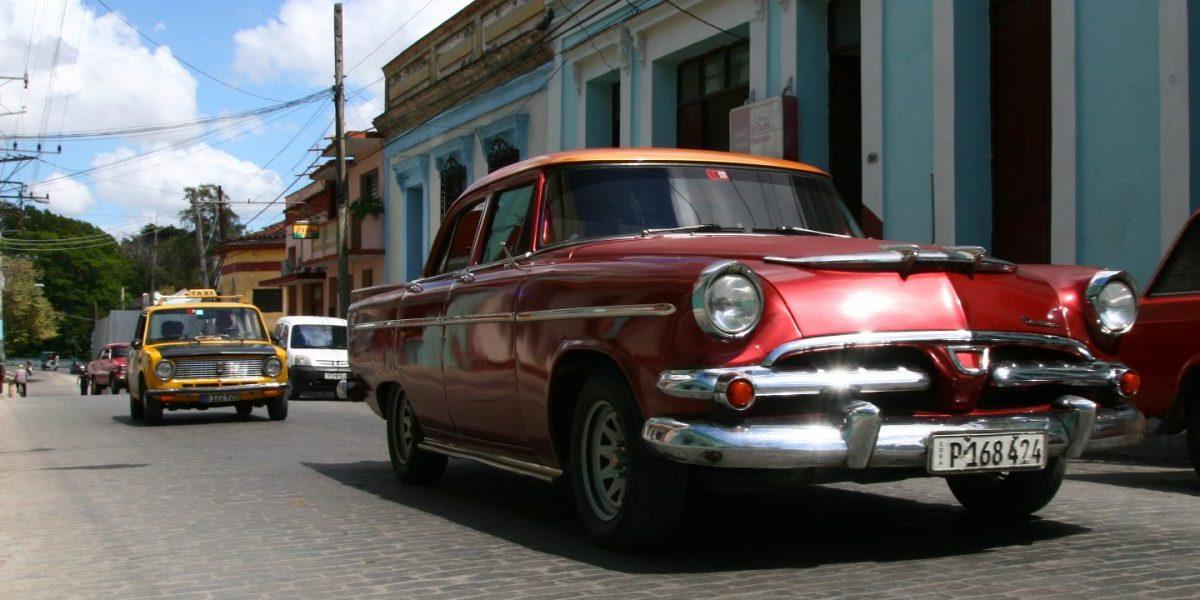 Ako nájsť lacné letenky na Kubu