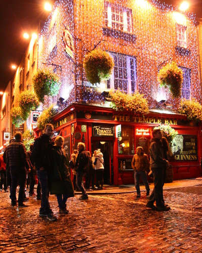 Temple Bar, Dublin at night