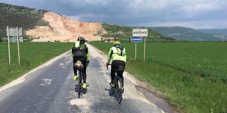 SK TOUR - na cestných bicykloch cez Hosťovce