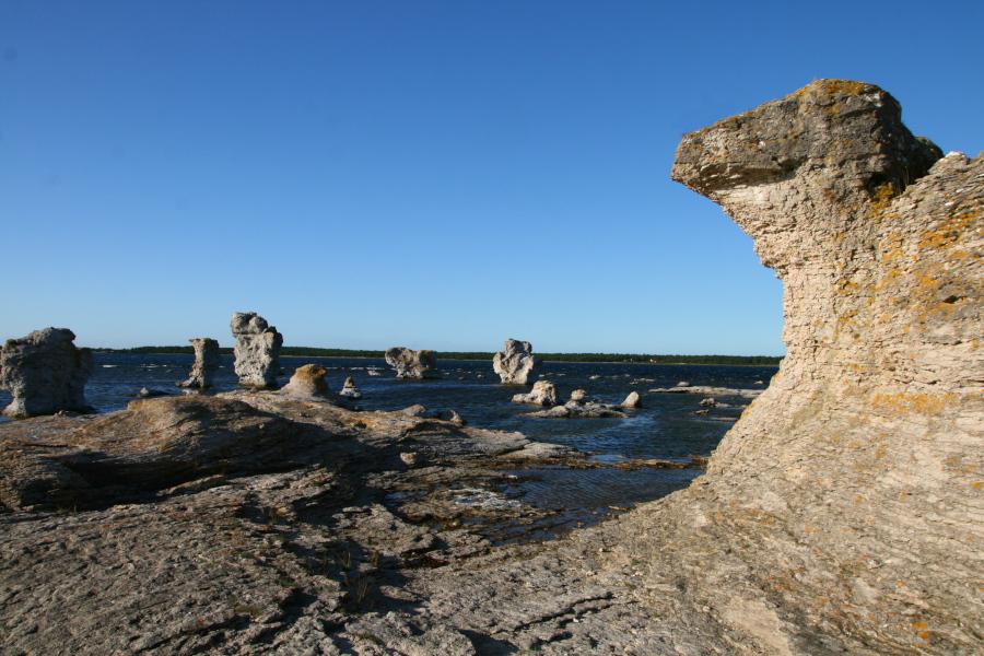 Fårö - skalné útvary Gamla hamn