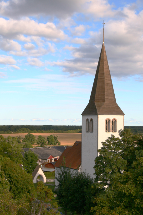 Linde kyrka, Gotland - church