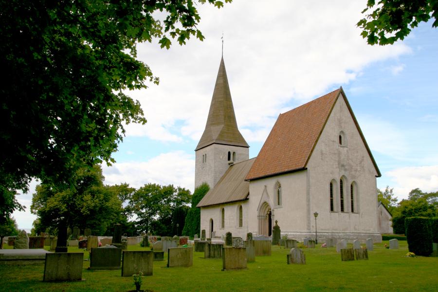 Froejel kyrka, Gotland - church
