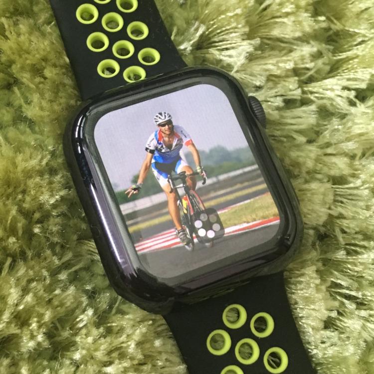 Apple Watch 4 - fotografie, fotogaléria