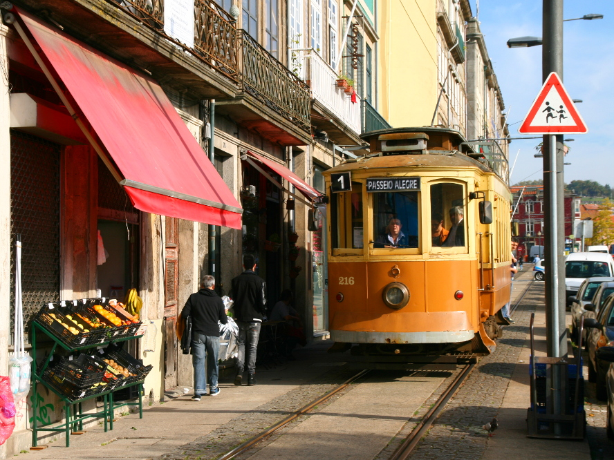 Porto - tram, električka, Portugal