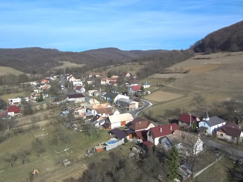 Šiatorská Bukovinka z dronu