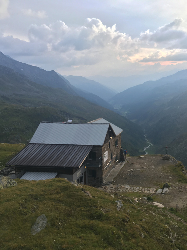 Rifugio Brigata Tridentina / Birnlückenhütte