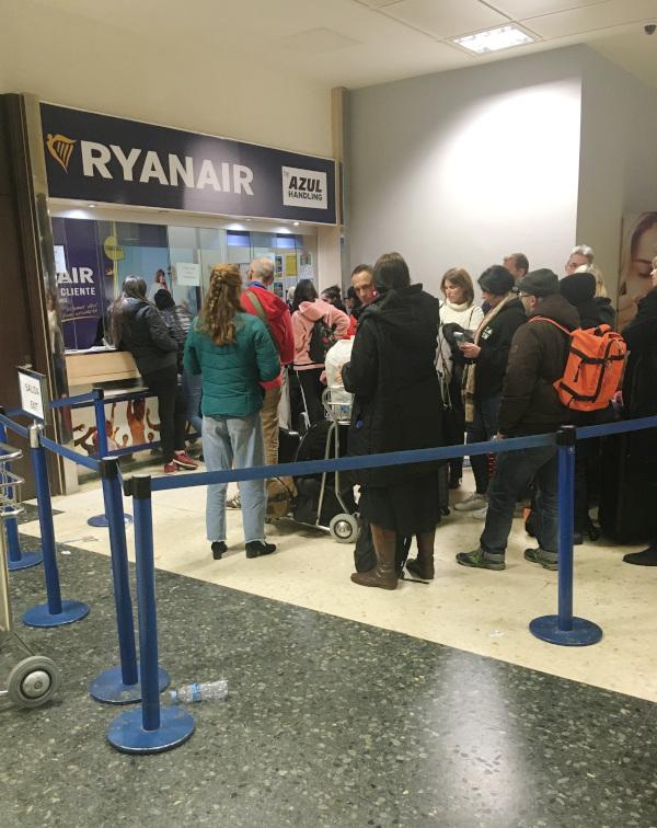 zrušený let, Ryanair Valencia